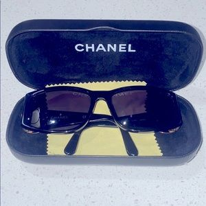 Chanel Sunglasses petite or small size